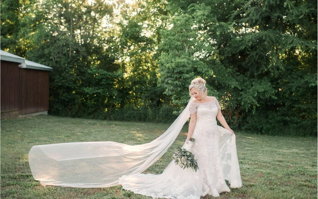 Wedding Poses: The Must-Haves For Your Wedding Album